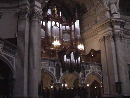 Berliner Dom pipe organ.