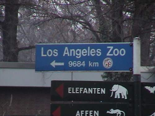 Los Angeles Zoo sign.