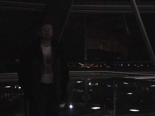 Larry in Reichstag.