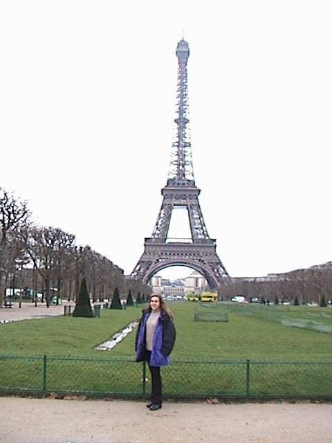 Holly in front of the Eiffel Tower.
